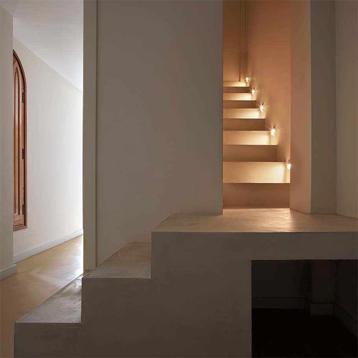 MicroCement stairs with lights